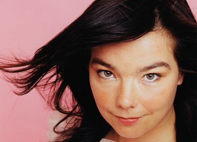 Björk - random desktop wallpaper