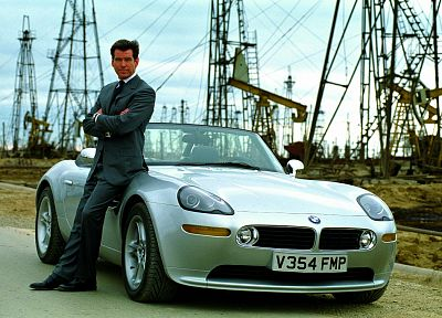 BMW, cars, James Bond, Pierce Brosnan, BMW Z8 - desktop wallpaper