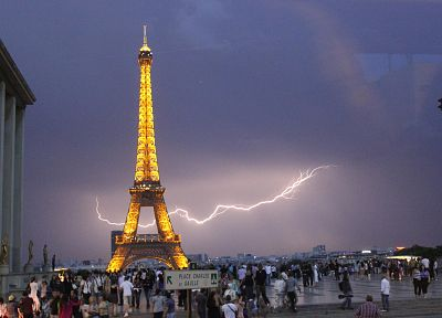 Eiffel Tower, Paris, cityscapes, France, lightning - desktop wallpaper
