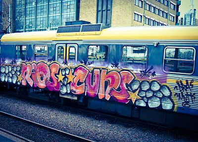 trains, graffiti - random desktop wallpaper