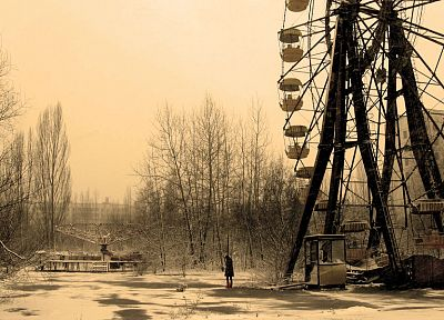 Pripyat, ferris wheels - random desktop wallpaper