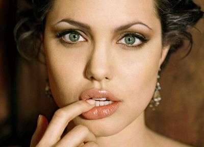 brunettes, women, actress, Angelina Jolie, celebrity, green eyes, faces - related desktop wallpaper