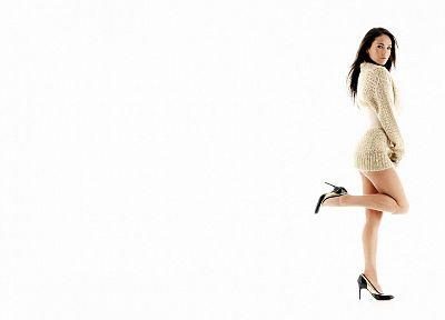 brunettes, women, Megan Fox, actress, feet, celebrity, high heels, pumps, white background - related desktop wallpaper