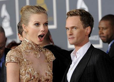 blondes, women, actress, Taylor Swift, Neil Patrick Harris, Country, celebrity, singers, actors, open mouth, Grammy - desktop wallpaper