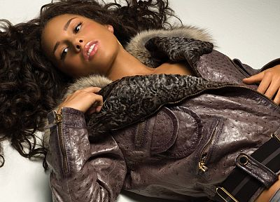 women, black people, Alicia Keys, curly hair, lying down - random desktop wallpaper