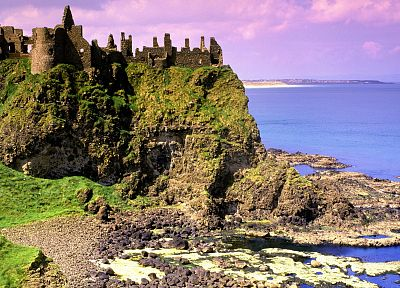 Ireland, dunluce - random desktop wallpaper