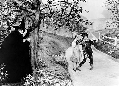 scarecrow, Wizard Of Oz, grayscale, Judy Garland, witches - popular desktop wallpaper