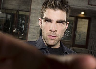Heroes (TV Series), Zachary Quinto - random desktop wallpaper