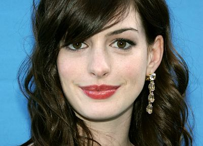 brunettes, women, Anne Hathaway - random desktop wallpaper