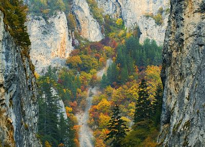 Trigrad Gorge-Bulgaria - random desktop wallpaper
