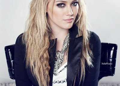 Hilary Duff - random desktop wallpaper