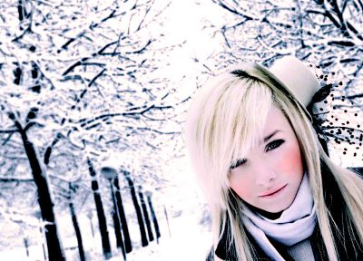 blondes, women, snow, trees, white, stars, Laura Ivana - desktop wallpaper