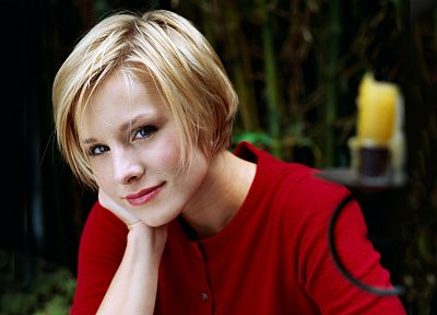 blondes, women, Kristen Bell, actress, celebrity, short hair, smiling - desktop wallpaper