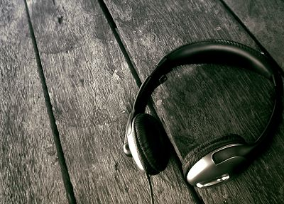 headphones, music, wood - desktop wallpaper