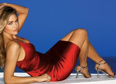 dress, high heels, Denise Richards, lying down - desktop wallpaper