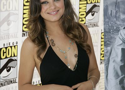 women, Mila Kunis, black dress, Comic-Con - desktop wallpaper