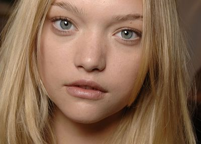 Gemma Ward - random desktop wallpaper