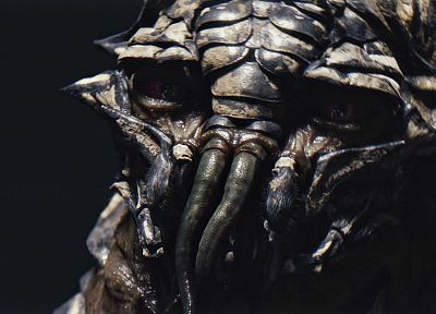 close-up, movies, screenshots, District 9, science fiction, alien life forms, prawn - random desktop wallpaper